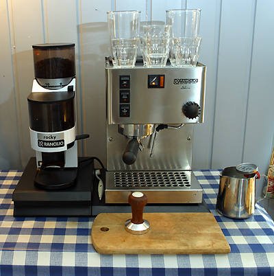 Rancilio Rocky in Action
