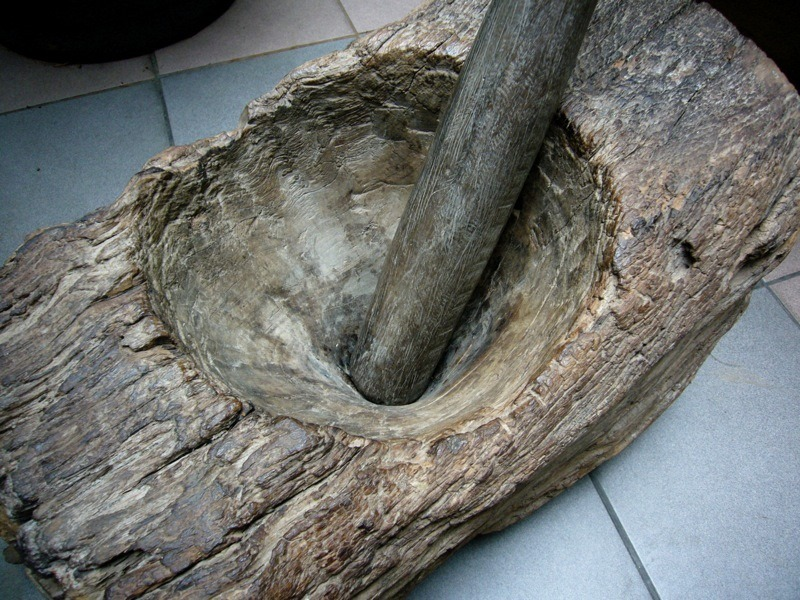 wooden_mortar_pestle