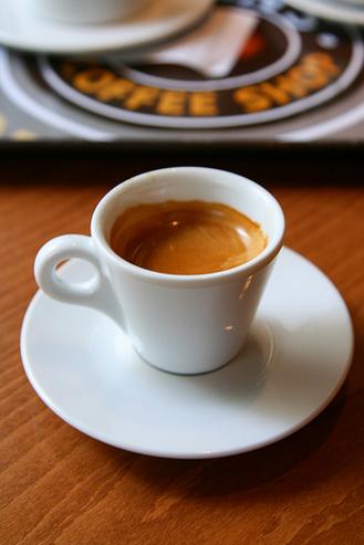 crema on espresso