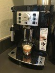 Delonghi ECAM22110B Super Automatic Espresso maker review
